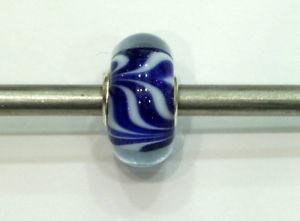 【送料無料】ブレスレット ガラスtrollbeads original authentic ooak unici unique glass small and beautiful 25