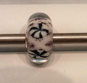 【送料無料】ブレスレット オリジナルガラスtrollbeads original authentic ooak uniciunique glass nero e bianco 2