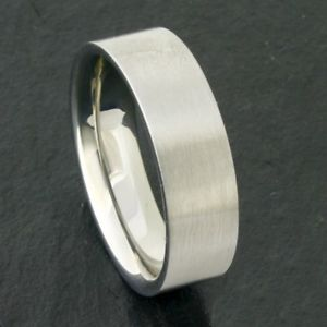 【送料無料】ブレスレット リングマットステンレススチール2 anelli in acciaio inox opaco, interno bombato, ca 7 mm di larghezza, mis 50 72 fedi