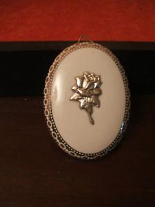 【送料無料】ブレスレット シルバースクエアシルバーargento , silver quadretto porcellana bianca con decorazione a colore argento