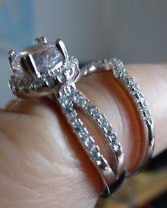 【送料無料】ブレスレット ジョリーアルジェントjolie bague deux anneaux en argent 925 avec zirconiums t 56 poinon