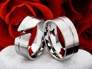 【送料無料】ブレスレット ザクロリングチタンリング2 fedi fedi nuziali al titanio con vera melograno e anello incisione t12g