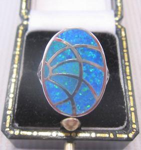 【送料無料】ブレスレット デザインオパールシルバーリングun bel design opale anello in argento