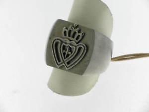 【送料無料】ブレスレット リングサテンシルバーアームコートgrifoni anello argento satinato brunito con stemma referenza 021an0001 mis16