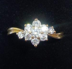 【送料無料】ブレスレット ゴールドデイジークラスタリングサイズ9ct oro daisy cluster anello, dimensione o