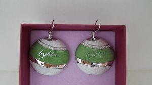 【送料無料】ブレスレット イヤリングビブロスグリーンラウンドイヤリンググリーンorecchini byblos temptation tondo verdi earrings green