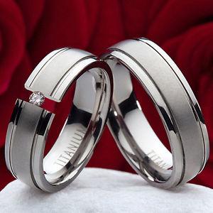 【送料無料】ブレスレット チタンnuziali vere bicol di fidanzamento fedi fedi titanio con 0,10ct brillante tb607
