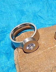 【送料無料】ブレスレット クラシックステンレストランスミッションスワロフスキークリスタルステンレススチールリングclassica in acciaio inox anello di cambio m swarovski cristallo * * stainless s