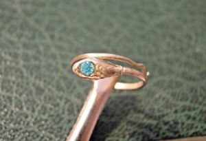 【送料無料】ブレスレット シルバーリングpiccolo anello a forma di serpente in argento 925