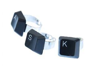 【送料無料】ブレスレット リングキーボードコントロールユニットanello tastiera miniblings desiderio, lettera iniziali individualmente computer nero