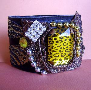 【送料無料】ブレスレット ブレスレットマンシェット1543  bracelet manchette cuir, fourrure, strass, etc