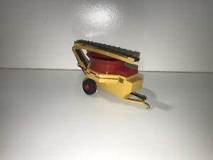 【送料無料】模型車 モデルカー スポーツカー タブグラインダコンベアスクラッチカスタムファーム164 haybuster tub grinder w folding conveyor scratch custom farm toy ertl