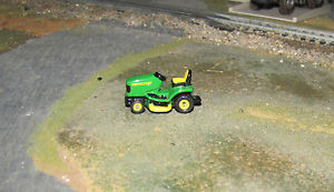 【送料無料】模型車 モデルカー スポーツカー ミニチュアジョンディアminiature ertl john deere riding lawn mower