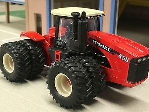 【送料無料】模型車 モデルカー スポーツカー タイルトター164 ertl versaltile 450 tractor