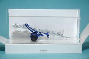 【送料無料】模型車 モデルカー スポーツカー ブッシュトレーラーホbusch 59941 anhngerleiter thw ho 187 neu