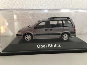 【送料無料】模型車 モデルカー スポーツカー オペルシントラダークグレーモデルカーschuco opel sintra 143, dunkelgrau, modellauto, rar