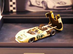 【送料無料】模型車 モデルカー スポーツカー モデルスパイダーモスポートロジャーfly car model t70 spyder mosport 1967 roger mc cluskey nr1835 143