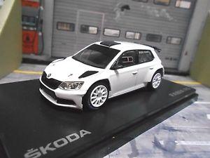 【送料無料】模型車 モデルカー スポーツカー シュコダファビアラリーホワイトオンロードアスファルトネットワークskoda fabia r5 rallye iii 3 white tarmac asphalt weiss white neu abrex 143