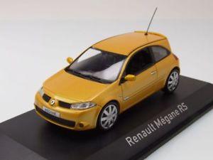 【送料無料】模型車 モデルカー スポーツカー ルノーメガーヌイエローメタリックモデルカーrenault megane rs 2004 gelb metallic, modellauto 143 norev