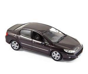【送料無料】模型車 モデルカー スポーツカー プジョーパープルメタリックモデルカーpeugeot 407 2006 lila metallic, modellauto 143 norev
