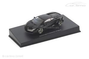 【送料無料】模型車 モデルカー スポーツカー ランボルギーニガヤルドlamborghini gallardo lp5604 schwarz autoart 143 54618