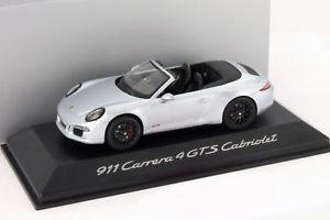 【送料無料】模型車 モデルカー スポーツカー ポルシェカレラカブリオレシルバーporsche 911 991 carrera 4 gts cabriolet baujahr 2014 silber 143 schuco