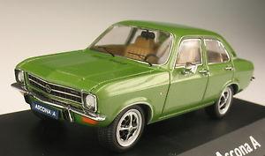 【送料無料】模型車 モデルカー スポーツカー オペルアスコナグリーンメタリックボックスモデルschuco opel ascona a grn metallic 143 neu in ovp modellauto