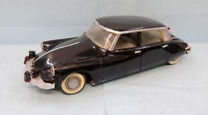 【送料無料】模型車 モデルカー スポーツカー フランスシトロエン24546 gege france citroen ds 19 118 27 cms