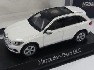 【送料無料】模型車 モデルカー スポーツカー ホワイトメルセデスベンツ143 norev mercedesbenz glc 2015 wei 351337