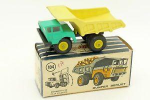 【送料無料】模型車 モデルカー スポーツカー トラック#anguplas mini cars 186 camion tombereau dumper berliet 104 avec sa boite
