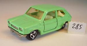 【送料無料】模型車 モデルカー スポーツカー フィアットライトグリーン#majorette 155 nr 203 fiat 127 hellgrn nr 1 285