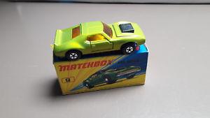 【送料無料】模型車 モデルカー スポーツカー マッチイエローインテリアオリジナルmatchbox lesney 9e amx javelin yellow interior original boxed  vnm