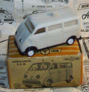 【送料無料】模型車 モデルカー スポーツカー ホボックススペインoriginal anguplas mini cars ho 187 186 made spain dkw ambulance in box