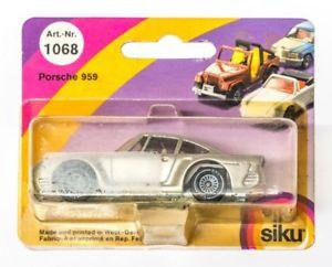【送料無料】模型車 モデルカー スポーツカー ポルシェsiku 1068 porsche 959 ovp 245656