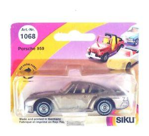 【送料無料】模型車 モデルカー スポーツカー ポルシェsiku 1068 porsche 959 ovp 179840