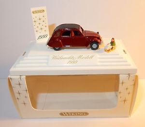 【送料無料】模型車 モデルカー スポーツカー ホシトロエンモデルクリスマスノエルコレクタherpa ho 187 citroen 2cv modell weihnachts noel 1999 traineau cadeaux collector
