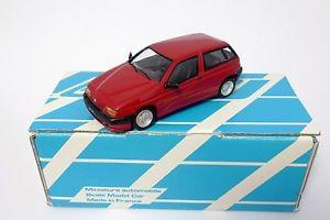 【送料無料】模型車 モデルカー スポーツカー アルファロメオボルドーメタルalfa romeo 145 17 16v 1995 bordeaux mtal alezan  143