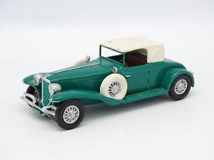 【送料無料】模型車 モデルカー スポーツカー キットモンメタルコード?kit mont mtal sb 143 cord ou duesenberg verte
