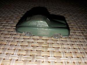 【送料無料】模型車 モデルカー スポーツカー wiking porsche 356 dunkelreseda grn unverglast