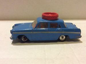 【送料無料】模型車 モデルカー スポーツカー グアテマラコーギーオースティンcorgi toys austin 60 school car made in gt britain