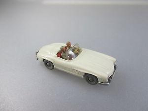 【送料無料】模型車 モデルカー スポーツカー メルセデスカブリオレマニュアルwikingmercedes 300sl cabriolet, saure handbuch 3883b 1w