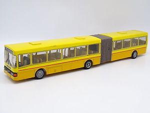 【送料無料】模型車 モデルカー スポーツカー バスボルボnzg 150 bus autobus volvo b10 articul jaune