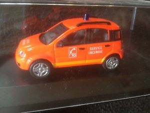 【送料無料】模型車 モデルカー スポーツカー フィアットパンダ×サービスベルギーボックスfiat panda 4x4 service incendie belgium fire rescue 143 modelcar in box