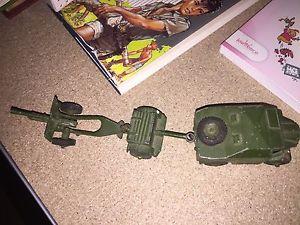 【送料無料】模型車 モデルカー スポーツカー dinky toys gb field artillery tractor ref 686 687 688