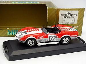 【送料無料】模型車 モデルカー スポーツカー シボレーコルベットデイトナvitesse 143 chevrolet corvette daytona 1971