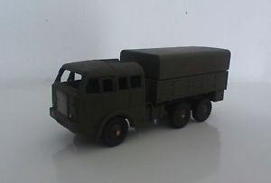 【送料無料】模型車 モデルカー スポーツカー dinky toys 80 d *** tous terrains berliet ***
