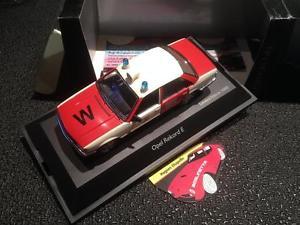 【送料無料】模型車 モデルカー スポーツカー オペルヴッパータールダイカストschuco opel rekord e feuerwehr wuppertal 143 diecast modelcar