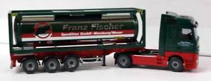 【送料無料】模型車 モデルカー スポーツカー wiking 053603 187 mercedes actros con container cisterna franz fischer