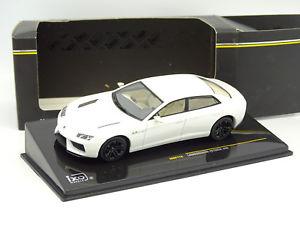 【送料無料】模型車 モデルカー スポーツカー ネットワークランボルギーニブランシュixo 143  lamborghini estoque 200 blanche