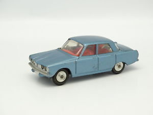 【送料無料】模型車 モデルカー スポーツカー コーギーローバーcorgi toys sb 143 rover 2000 bleue